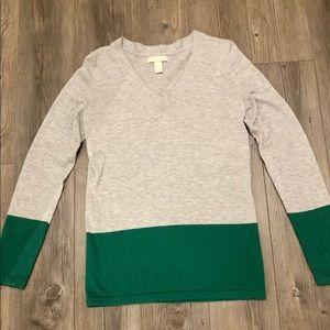 Long sleeve light weight sweater